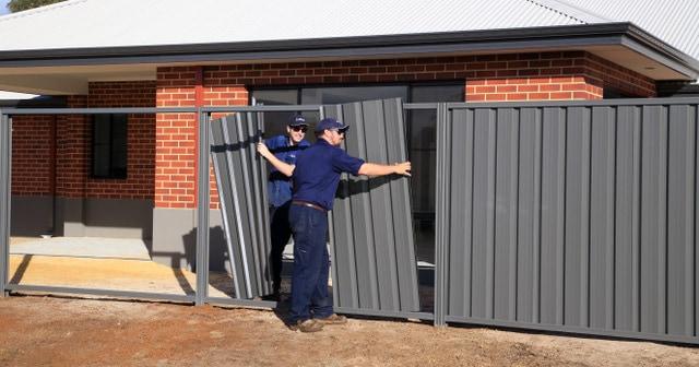 Installation of grey Colourbond fencing-Dunsborough-Busselton-Vasse-Quindalup-Eagle Bay-Cowaramup-Margaret River and Yallingup-0418 903 281 1