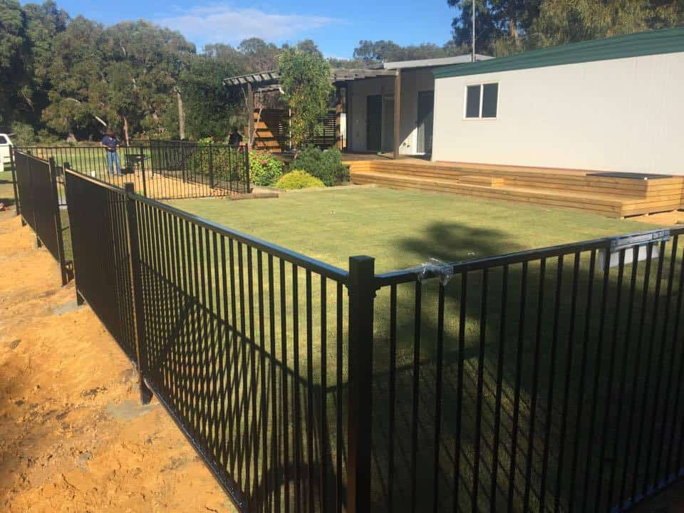 Pool fencing and installation-Dunsborough-Busselton-Vasse-Quindalup-Eagle Bay-Cowaramup-Margaret River and Yallingup-0418 903 281