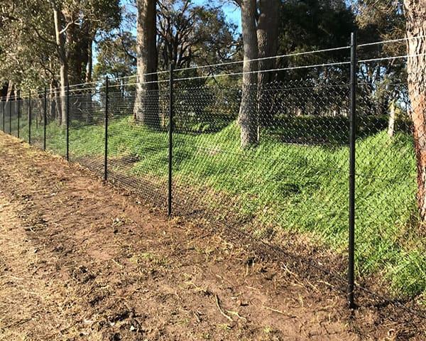 Service-Chainmesh-fencing-Dunsborough-Busselton-Vasse-Quindalup-Eagle-Bay-Cowaramup-Margaret-River-and-Yallingup-0418-903-281-1
